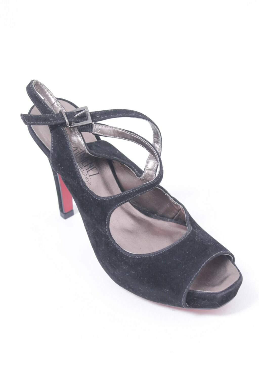 Sapato Veludo Preto