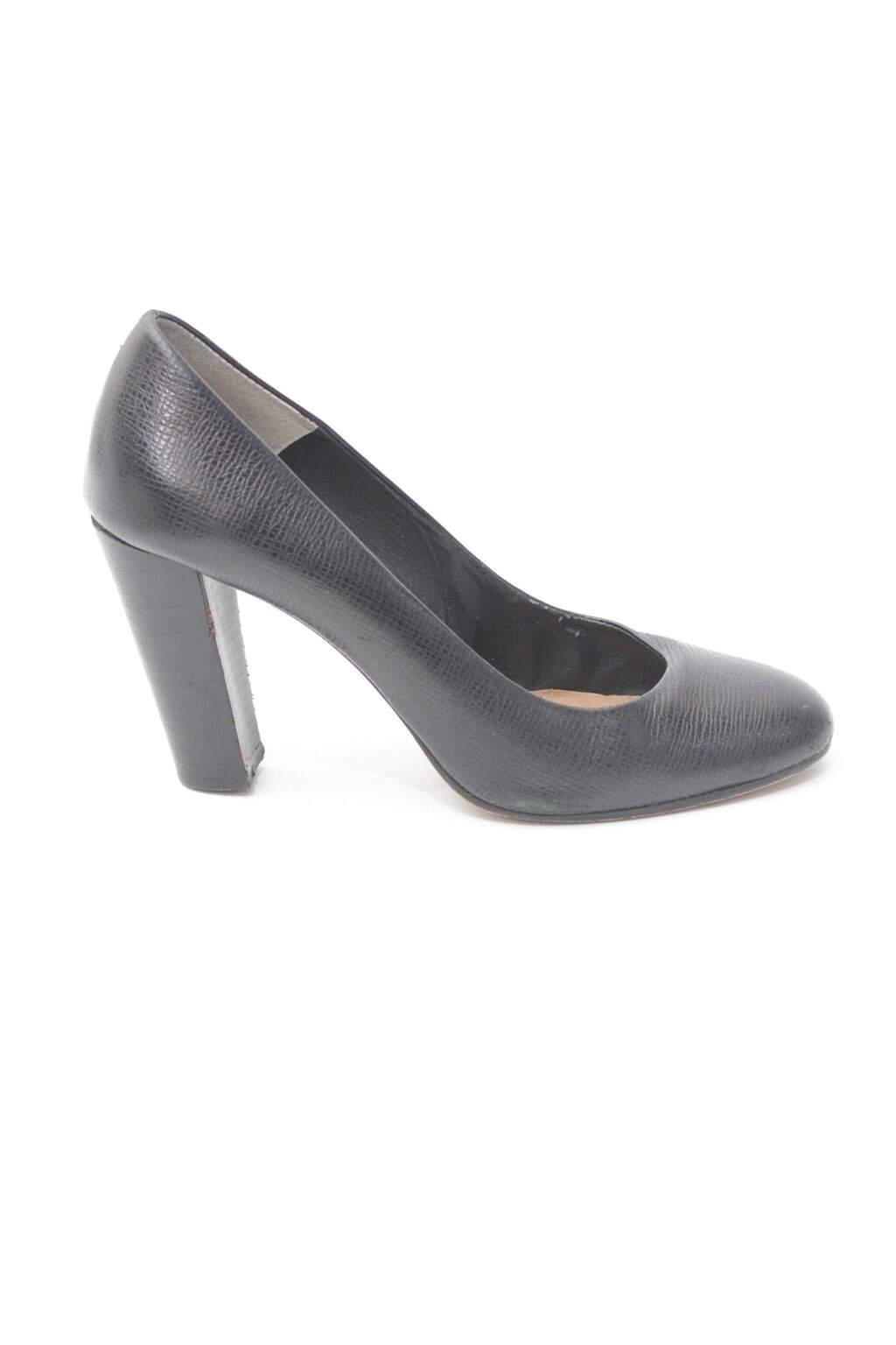 Sapato Alto Preto Corello
