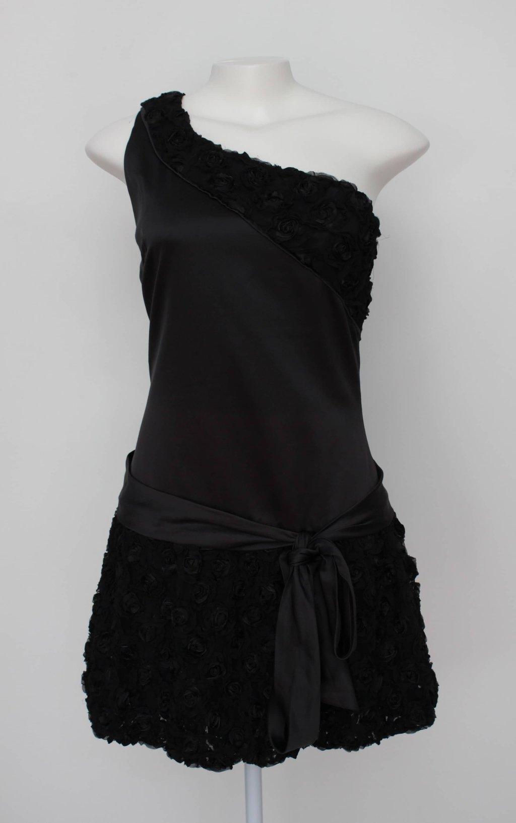 Vestido bordado preto amissima