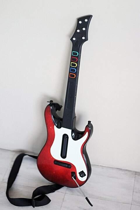 Guitarra Wireless original do jogo Guitar Hero World Tour para PS3 e PS2 _