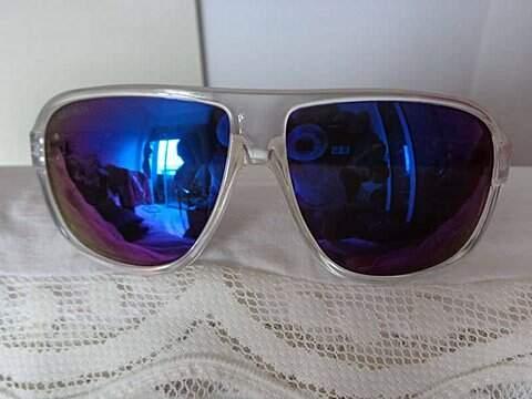 Óculos Espelhado Absurda_foto de costas