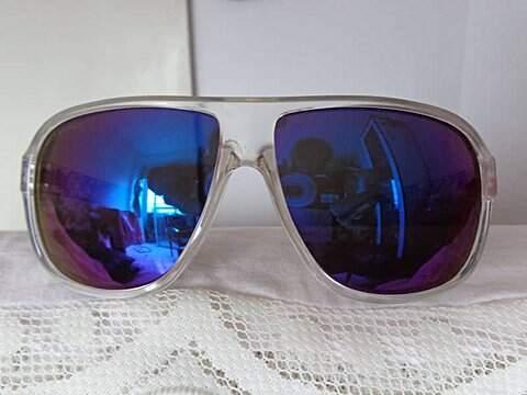 Óculos Espelhado Absurda_foto de detalhe