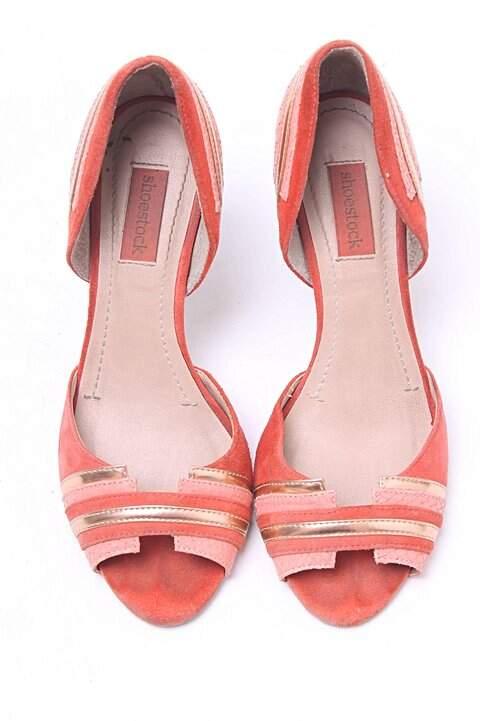 Peep Toe Shoestock Vermelho_foto de frente