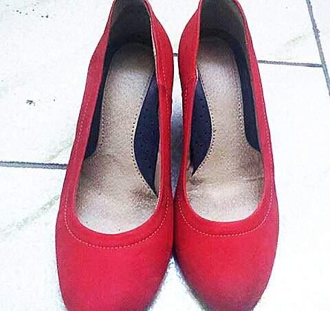 Sapato Anabela Vermelha Charmosa_