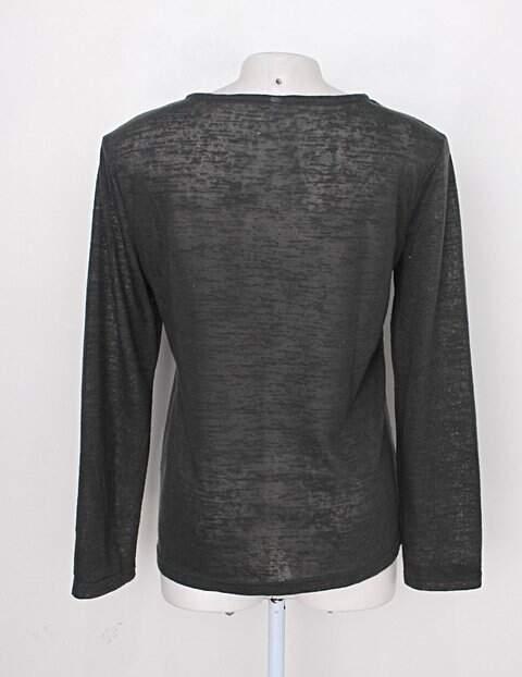 Blusa feminina verde escura com Bordado_foto de detalhe