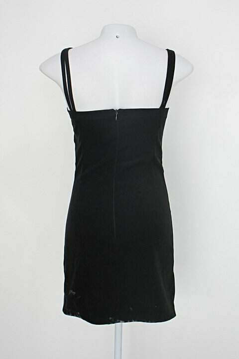 Vestido feminino preto camurça_foto de detalhe