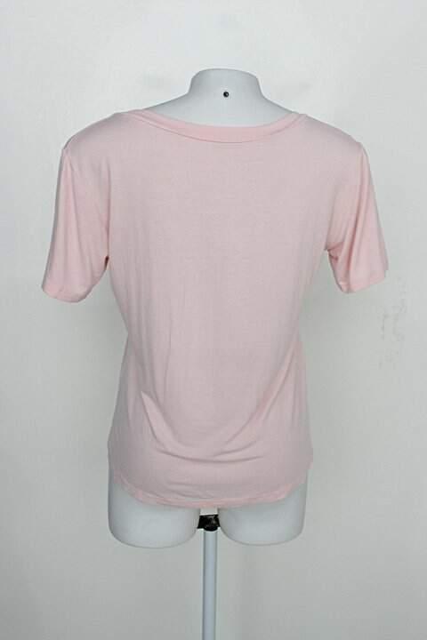 Blusa feminina rosa_foto de detalhe