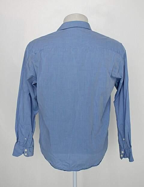 Camisa ad masculina azul manga longa _foto de costas