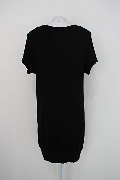 Vestido cw feminino preto com bolsos_foto de costas