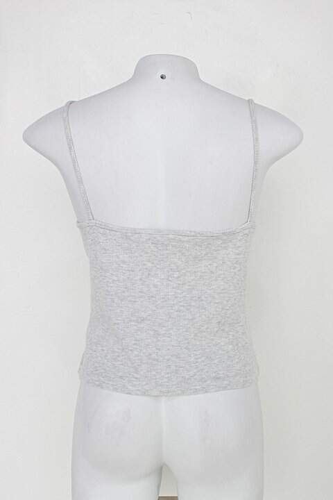 Blusa de alça c&a feminina malha canelada cinza claro_foto de costas