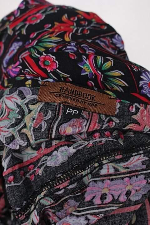 Vestido com elástico estampado Handbook _foto de detalhe