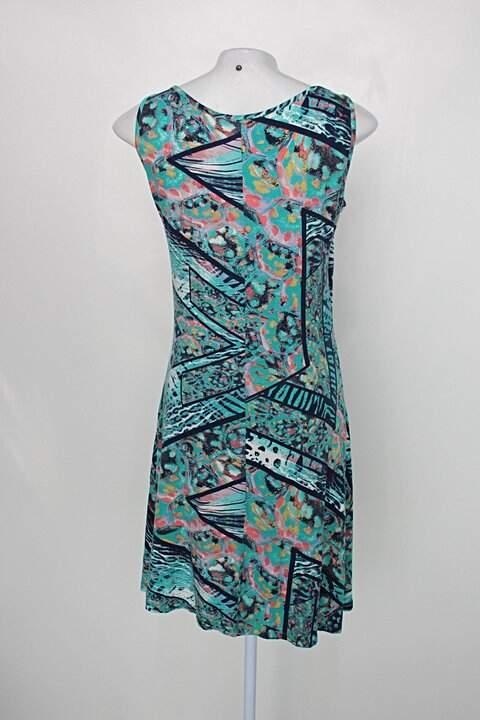 Vestido ferrarelli feminino com mix de estampas_foto de costas