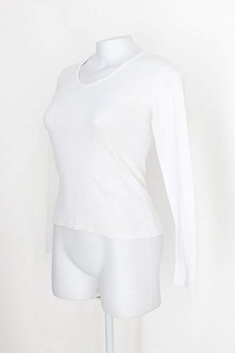 Blusa básica planet blue feminina off-white manga longa_foto de costas