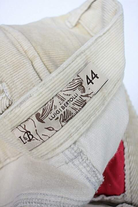 Calça de tecido luigi bertolli feminina amarela_foto de detalhe
