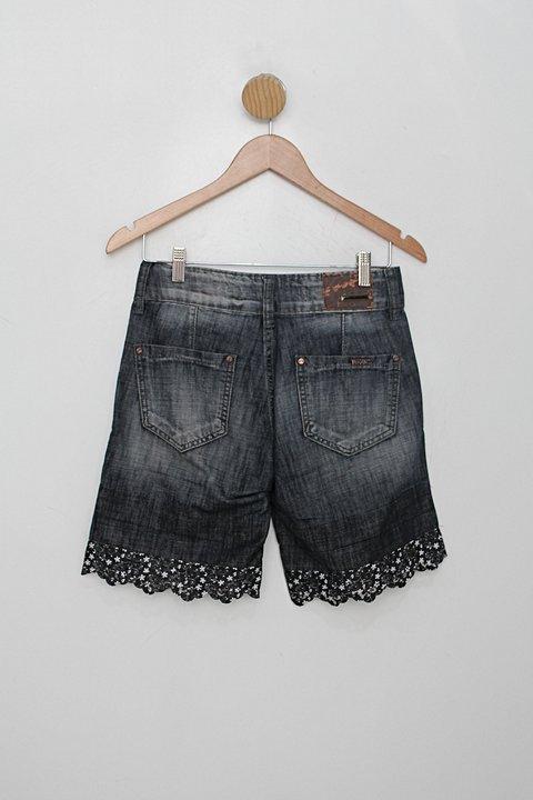 Bermuda bivik feminina jeans_foto de costas