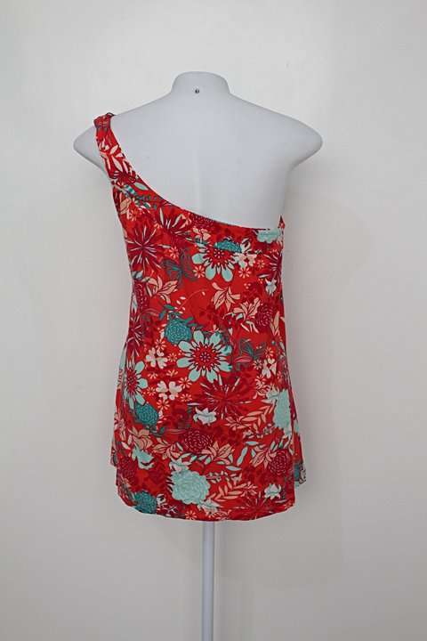 Blusa hering feminina estampada floral_foto de costas