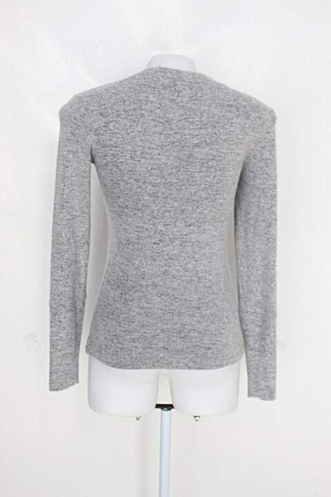 Blusa de tricot manga longa concepts sport feminina cinza estampado_foto de detalhe