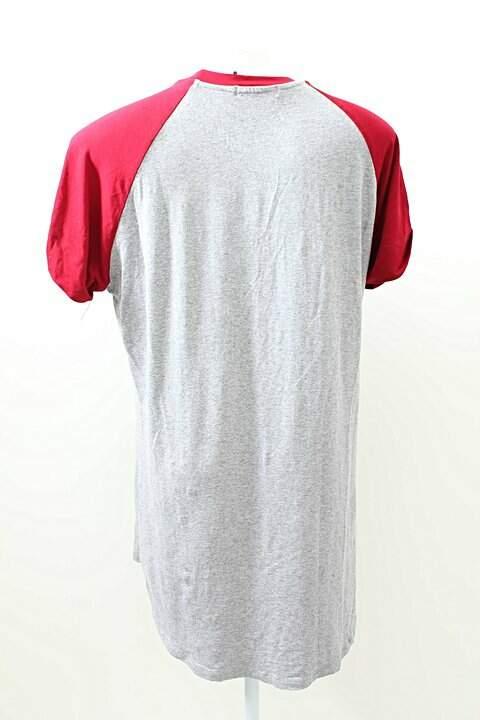Camiseta Raglã Malha Cinza e Vermelho Wear Ever_foto de frente
