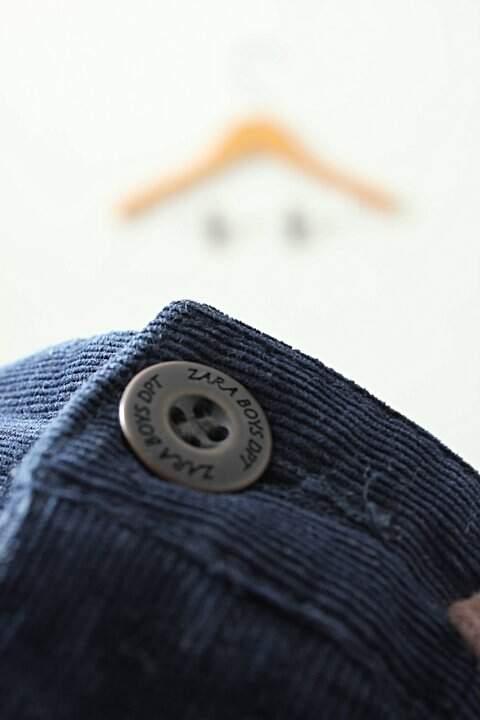 Calça de Veludo Canelado Azul_foto de costas