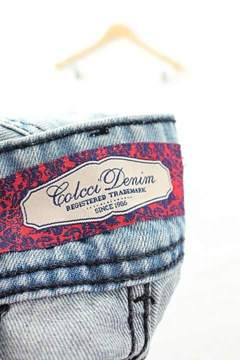 Shorts Jeans Claro Colcci_foto de costas