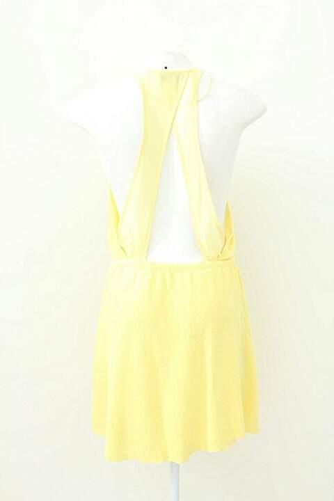 Vestido Curto Amarelo Zara_foto de frente