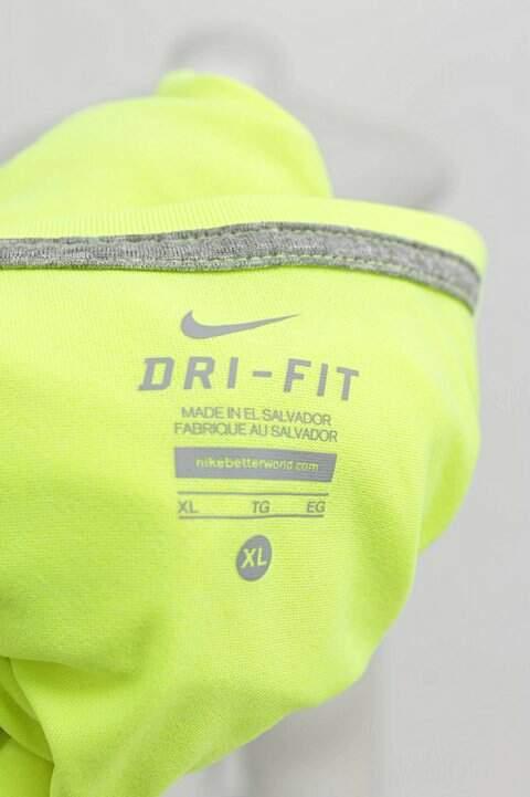 Camiseta Verde Fluorescente Nike - compre por menos  3d160391e69