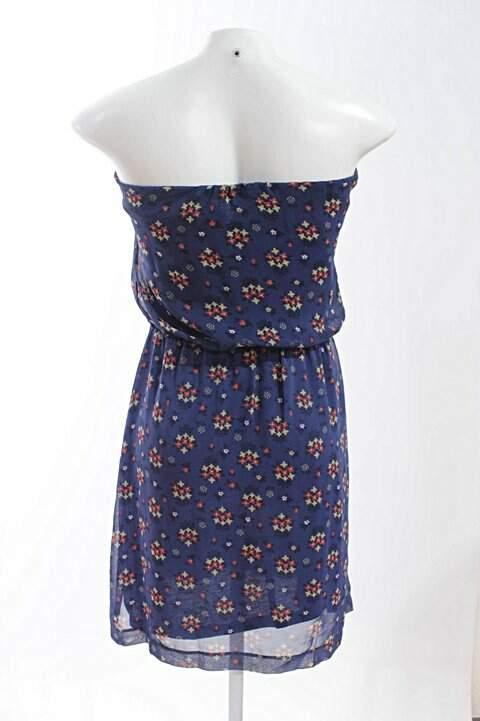 Vestido TQC Hering Azul Marinho Florido_foto de frente
