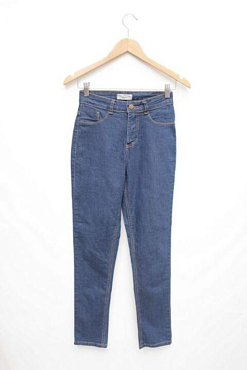 e40b7a7c4 Calça Jeans Feminina Marisa - compre por menos | Repassa