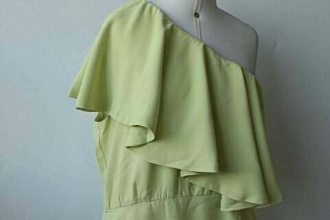 Vestido Filhas de Gaia Verde Ombro Único - TAM 44_foto de costas