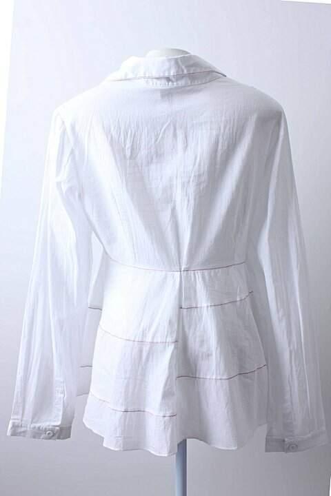 Camisa Branca Graça Ottoni _foto de costas