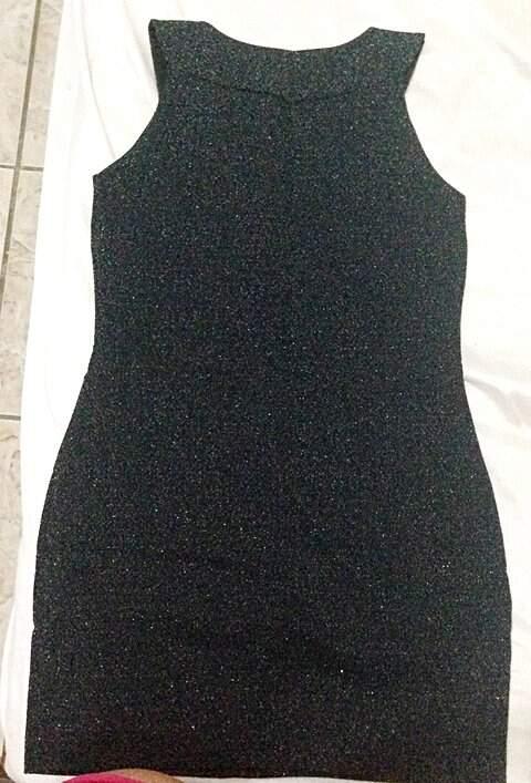 Vestido Preto com Brilho Just Be _foto de frente