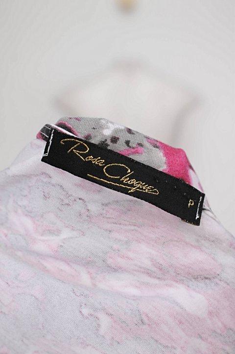 Blusa floral rosa choque_foto de detalhe