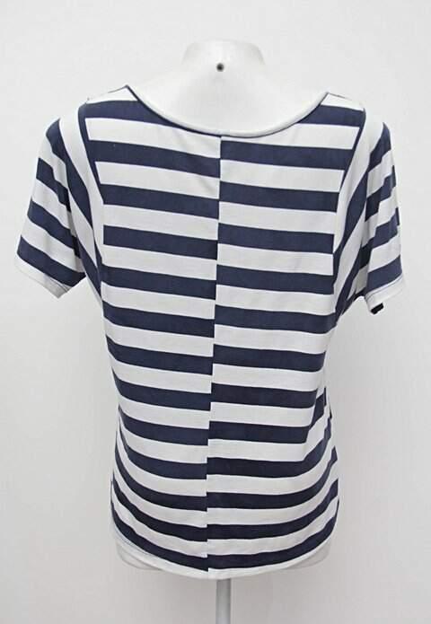 Blusa listrada azul e branca renner_foto de costas