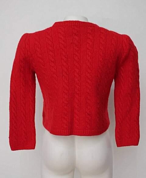 Casaco de tricot vermelho_foto de detalhe