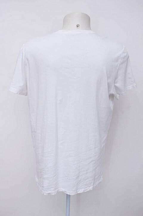Camiseta branca gap_foto de costas