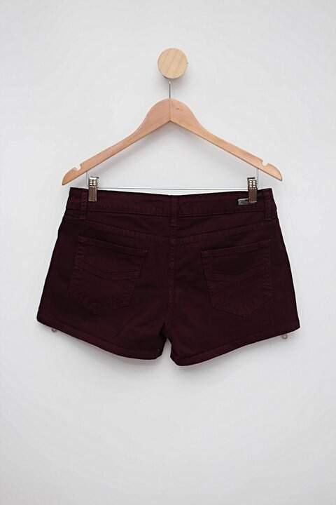 Shorts bordô costume_foto de costas