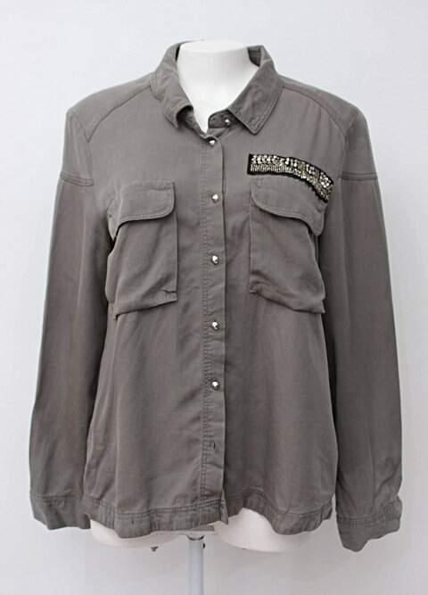 Camisa cinza h&m com bordado_foto principal