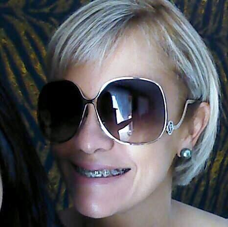 Óculos de Sol Carmim_foto de costas